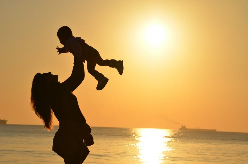 Efter fødslen: Sådan føler du dig godt tilpas i dit tøj